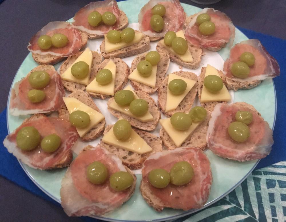 Pinchos Gepocheerde druiven-IMG_4572