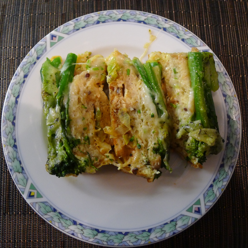Scamorza_Brood Timballo-L1040799-gesneden opgediend